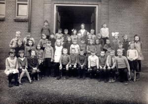 HKK5-004 - Christelijke lagere School in de Tuinstraat