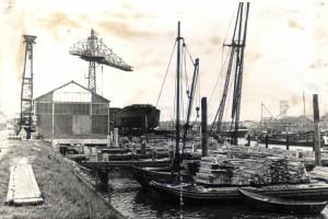 A4374 - De loods met boten