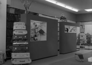 B0428 - Winkel Boudesteijn koffers en schoenendozen