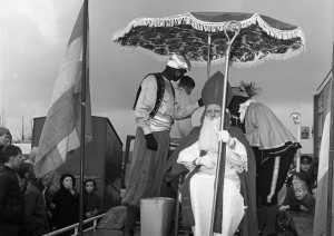 B1313 - Sinterklaas intocht